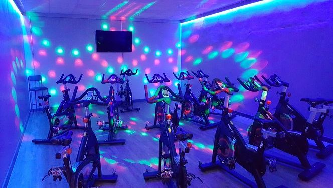 Indoor Cycling, Biking, Spin